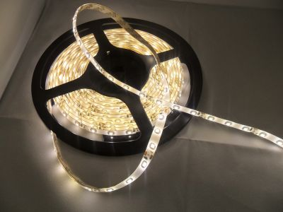 5 Meter 300 LED SMD 3528 WARMWEISS  OUTDOOR Band Strip Streifen + Netzteil, EEK A